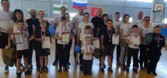 5 мая прошли районные соревнования «Мама +Папа +Я=спортивная семья» от нашей школы приняли участия 5 семей