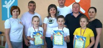 17.04.19 г. в  школе  прошли соревнования «Мама + папа + Я = спортивная семья»