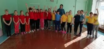 Для 1 и 3 классов прошли соревнования «А ну-ка, девочки!»